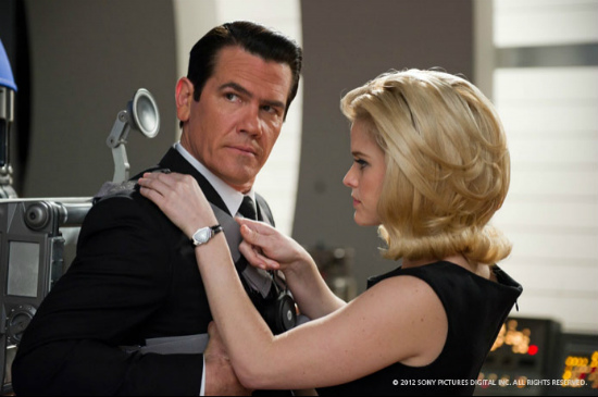 men-in-black-josh-brolin-alice-eve.jpg